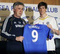 chelseas-italian-manager-carlo-ancelotti-l-and-new-signing-spanish-striker-fernando-torres