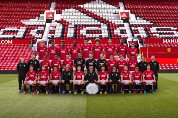 manchester-united-fc-team-photo